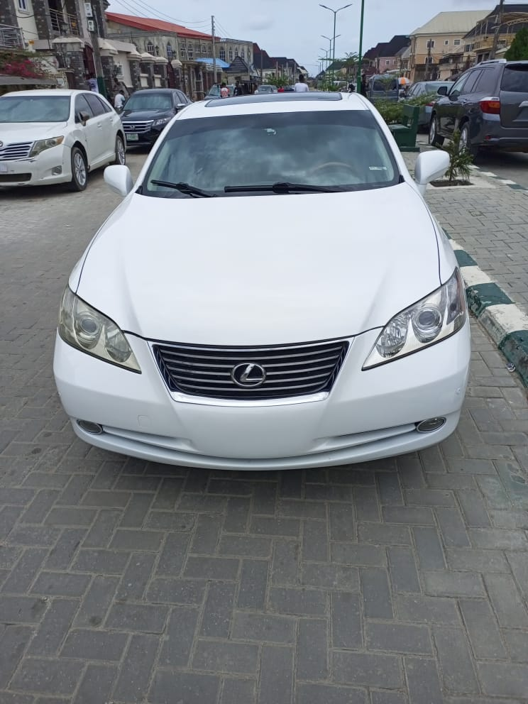 Lexus ES 2007 350 White   Cars for sale in Lagos State, Isolo