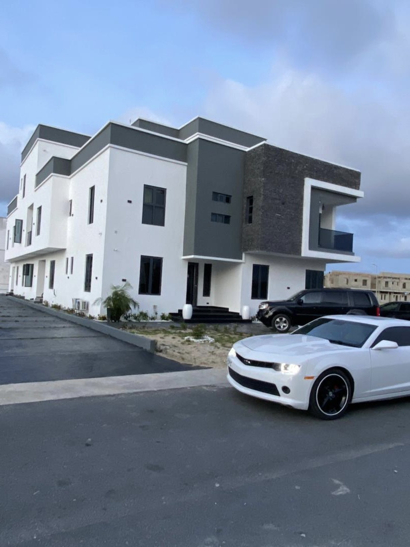 4bedroom Fully Detached Duplex For Sale | Houses & Apartments For Sale for sale in Lagos State, Lekki